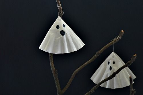 simple coffee filter ghost craft for kids