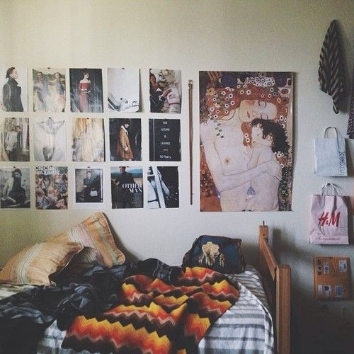 56 best images about dorm room ideas on pinterest dorm for Cool college bedroom ideas