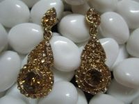 Antique gold earrings with yellow stone