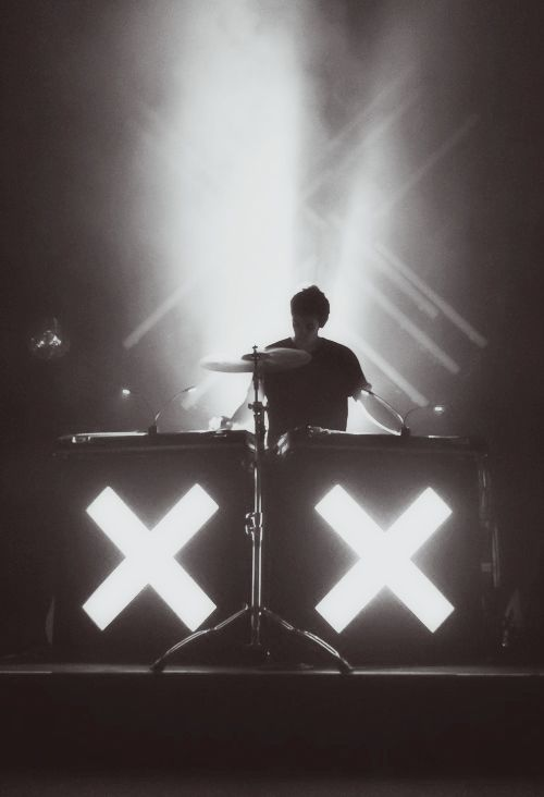 There are some bands you just connect to at a deeper level. This is one of those bands. Definitely fangirling..... Love The XX (oh, and oliver sim )