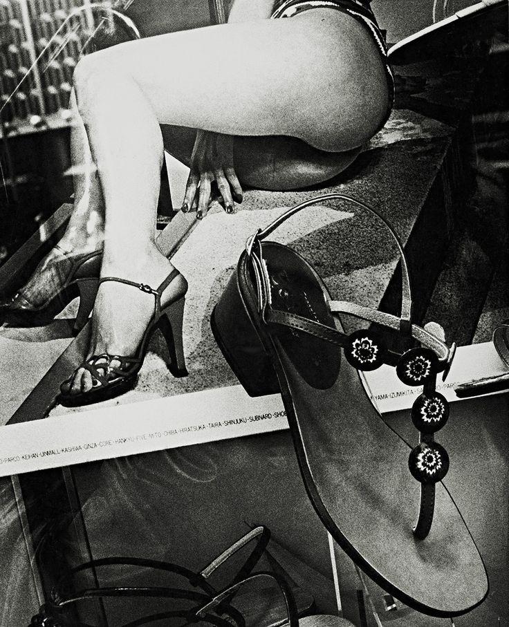 untitled photo by Daido Moriyama; Japan a Photo Theater II series, 1977