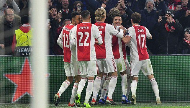 أياكس أمستردام ضد ريال مدريد لقاء متوسط لكنه مفيد لبرشلونة أسفرت قرعة دور الـ16 من بطولة دوري أبطال أوروبا لموسم 2018 Champions League League Sports Jersey
