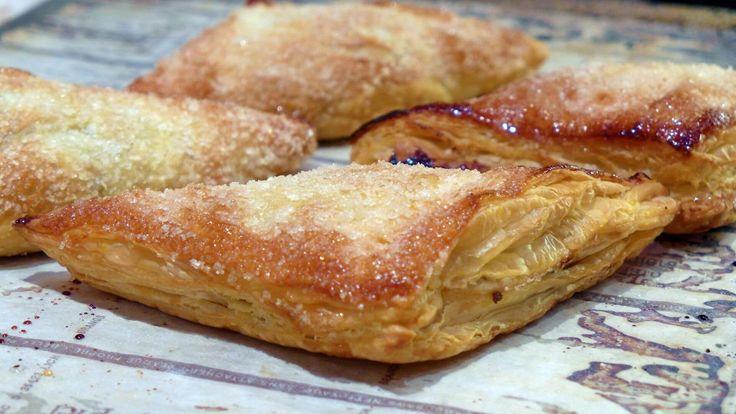 banketbakkers appelflap, gevuld met een rijk mengsel van appelblokjes, krenten, rozijnen en abrikozenjam. (video)