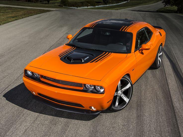 2014 Dodge Challenger R-T Shaker.