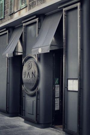 RESTAURANT JAN | Restaurant Exterior - Facade Full | Nice, France #onemichelinstar