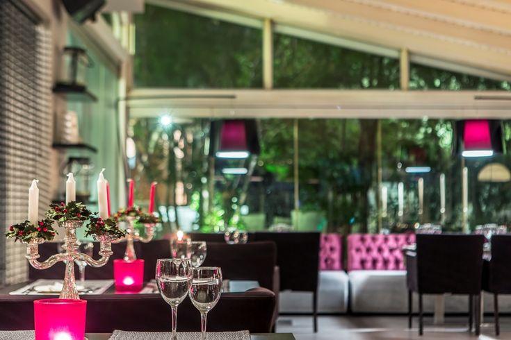 Διαγωνισμός People Greece με έπαθλο τρεις δωροεπιταγές αξίας 100€ για φαγητό στο restaurant Υάδες http://getlink.saveandwin.gr/9L4