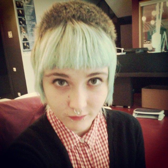 Girl skinhead haircut