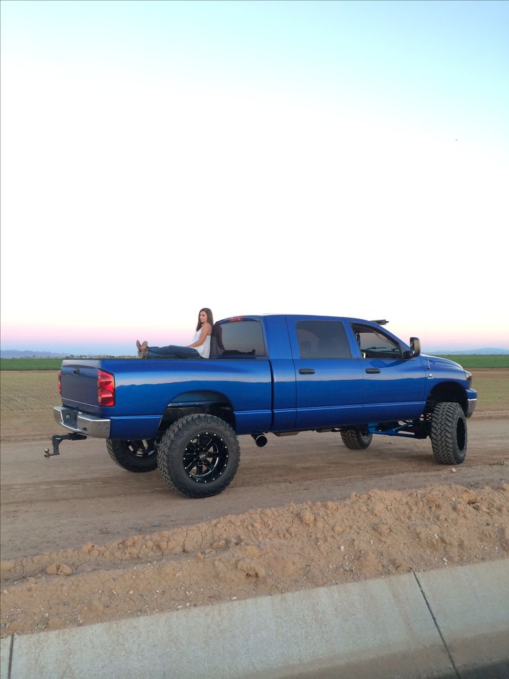 Tanner Smith's Megacab dodge cummins liftedtrucks truck bigblue blue dodgecummins