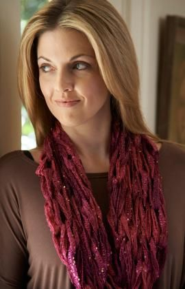 Extremely hot right now is arm knitting. Remarkably, Red Heart's Sashay Yarn has enough yarn in that fabulous ball to pull off an awesome size arm knit cowl! Seriously! I know it's hard to believe....