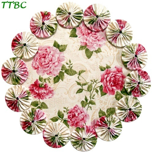 ~ 12 in. Victorian Shabby Pink Cottage Chic Roses YoYo Candle Mat or Mini Tabletop Christmas Tree Skirt ~