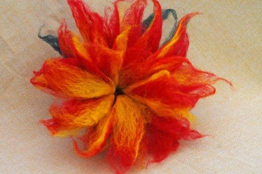 wet felted flowers | Wet Felted 3D Felt Flower