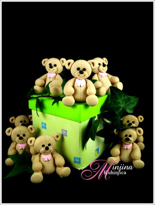 This bear is as cute as a button, easy to make and very effective.