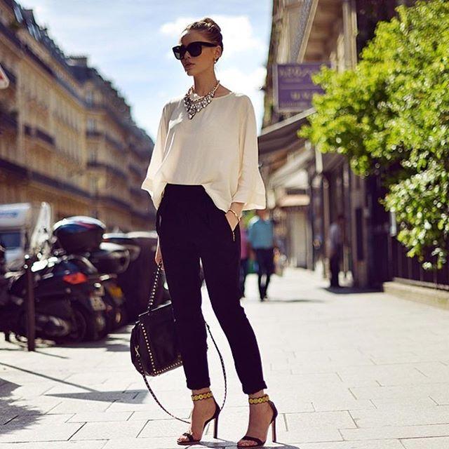 Outfit inspiráció Kedvencünk a bármivel kombinálható fekete nadrág! -> http://www.fashionfave.com/outfit-inspiracio-48#utm_source=pinterest&utm_medium=pinterest&utm_campaign=pinterest
