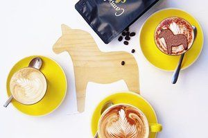 K A F F E ➖ Anyone else feeling effected by the super moon? ☕️ Might be a triple coffee kind of day ☕️ Lucky ours come with cute little #dalahorses ☕️ #cappuccino #latte #flatwhite #soycappuccino #bonsoy #camposcoffee #dalahäst #svenskt #swedishcafe #scandinavian #sydneycafe #cafelife #coffeeaddict #kafferast #kaffetid #godmorgonvärlden #☕️
