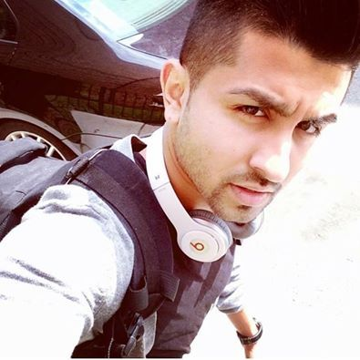 Hussian lookin cutee :p