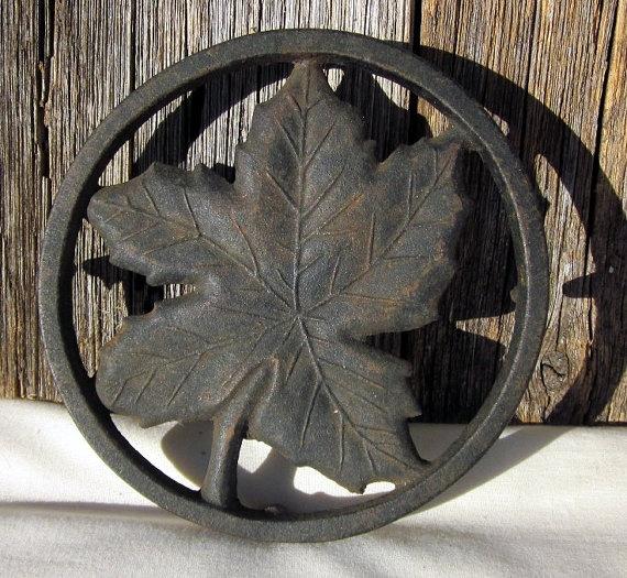 Cast Iron Maple Leaf Trivet Jamestown VA by emptyarmoire on Etsy, $7.50