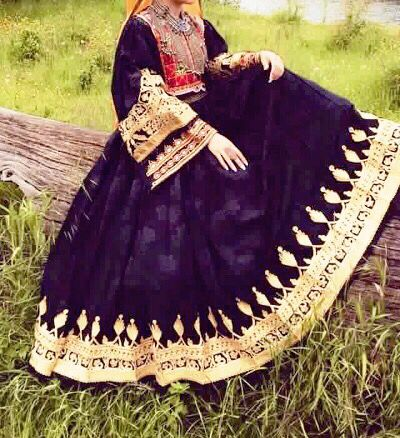 #black #gold #old #fashion #classic #afghan #dress