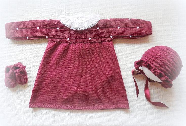 Vestido de manga comprida com peito e mangas às bolinhas e saia lisa. Ref: VT32 Veja aqui o catálogo de cores.