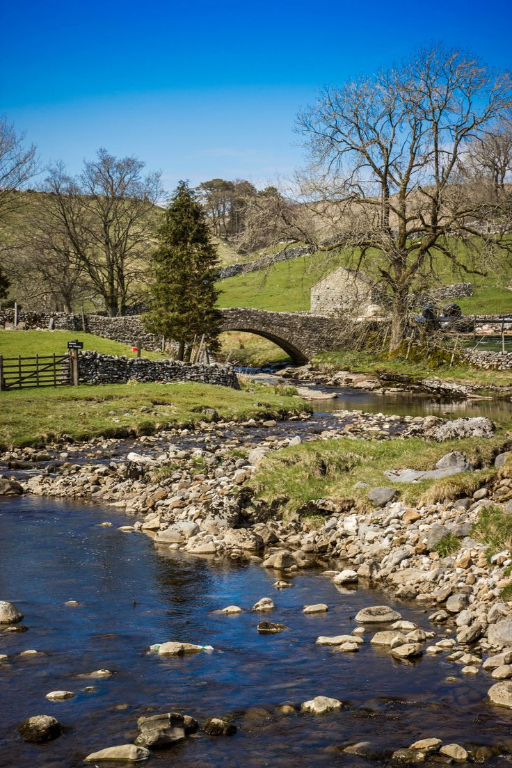 The source of the River Wharfe. Beckermonds, Langstrothdale (Upper Wharfedale), Yorkshire Dales National Park