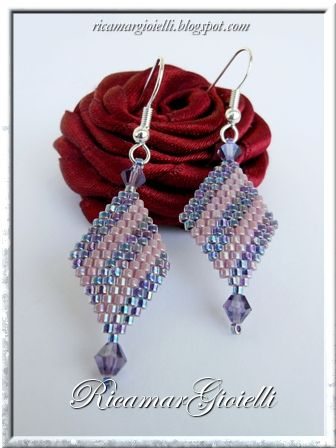 Diagonal earrings. Clear picture tute with easy peyote. Good beginner project. #seed #bead #tutorial