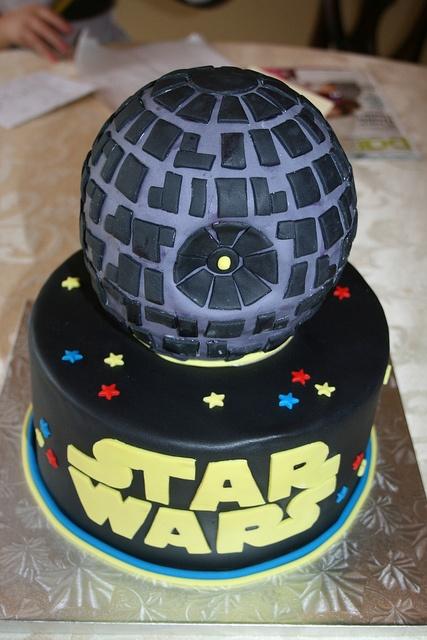 Star Wars Cake by irresistibledesserts, via Flickr