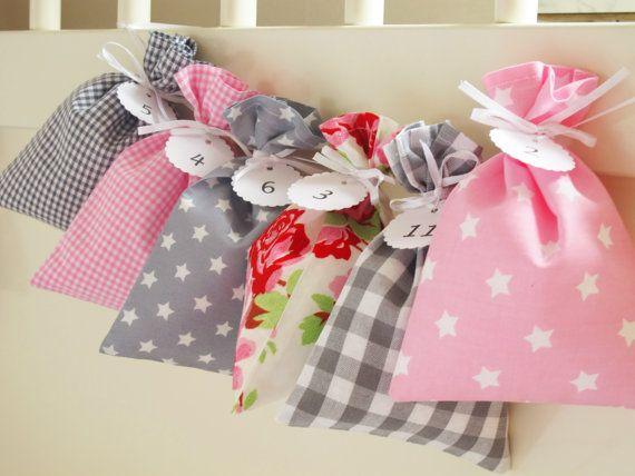 Countdown till Christmas advent calendar bags Pink by Luciadesign