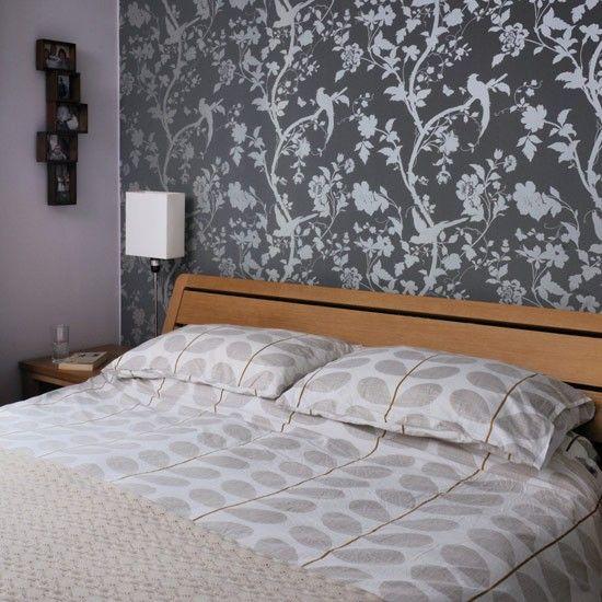 Bedroom wallpaper - Laura Ashley