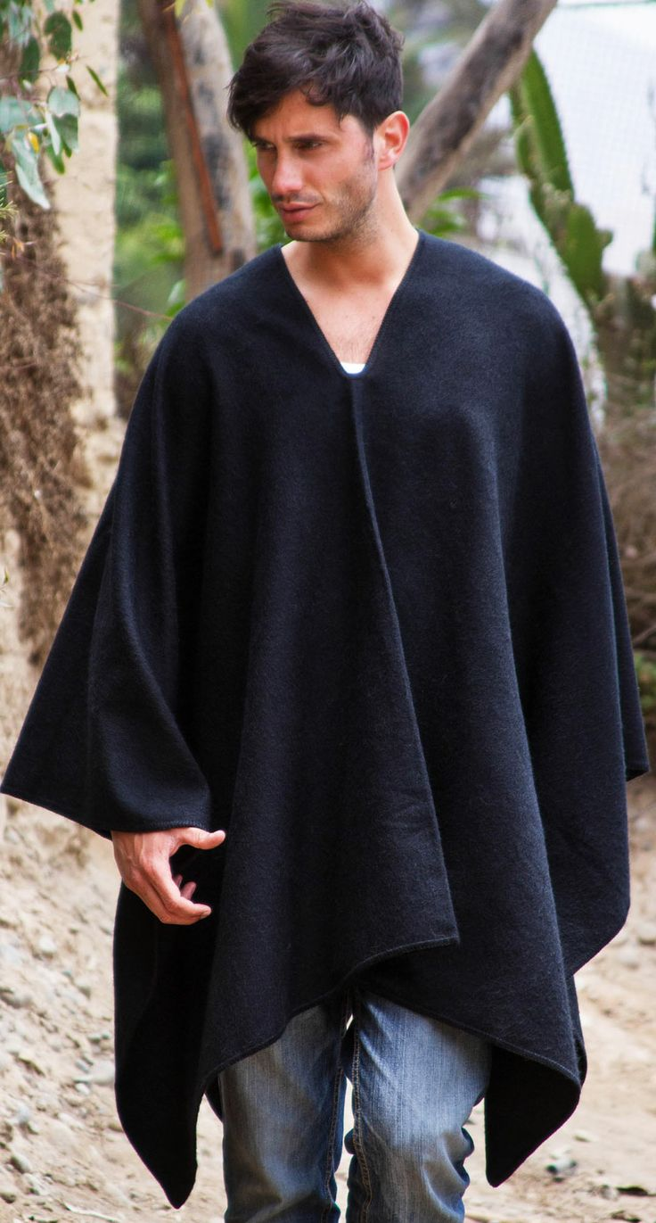 In the tradition of the Andes, Celinda Jaco designs a handsome #poncho for men.