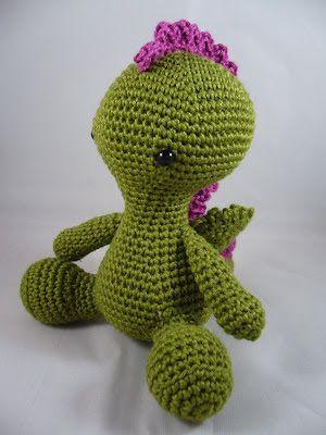 Amigurumi dragon/alien. Pattern from pepika.com