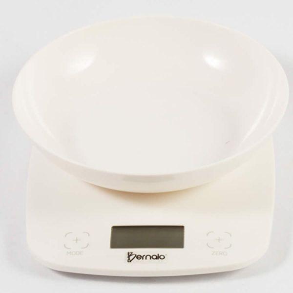Una balanza digital de cocina es un equipo útil para tener cerca, especialmente si te gusta el conteo de calorías y las medidas precisas. Las balanzas de precisión se pueden comprar en Bernalo en la ciudad de Medellín a precios competitivos.