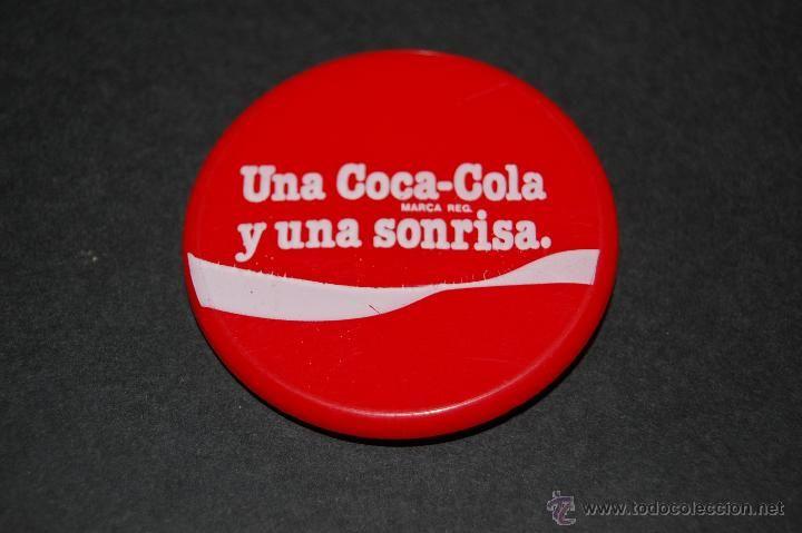 Chapa o pin de coca cola y una sonrisa en pl stico 46 mm - Chapa coca cola pared ...