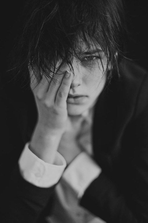 Wow. Something so striking about this.  Esmee Vermolen #androgyny #tomboy