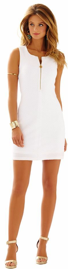 Vestido branco....❤                                                                                                                                                     Mais