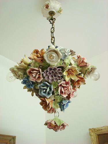 Beautiful Bouquet Vtg Floral Chandelier Light Lamp Ceramic Flowers Capodimonte