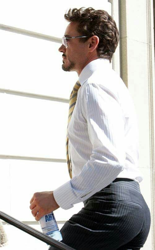 Robert Downey Jr..... I'm just posting this one cause his ass looks amazing in this picture...