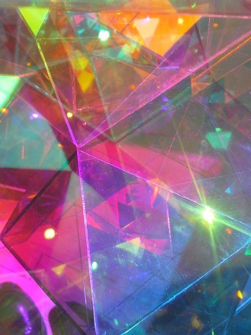 Colours. Colores. Coleurs. Farben. Dathanna. Colori. Kolory. Färger. Lliwiau. Värit. Kleuren. Farver. Koloreak. Kleure. Cores. Colors. Culori