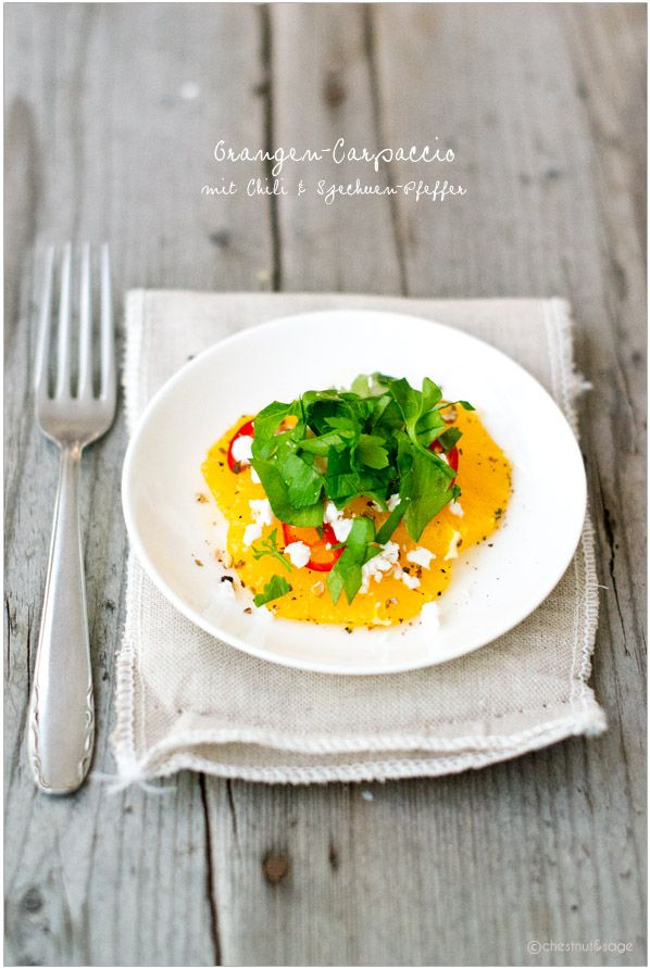 Orangen-Carpaccio mit Ziegenkäse und Szechuan-Pfeffer