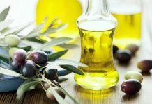 The 7 Best Oils for Moisturizing Acne Prone Skin