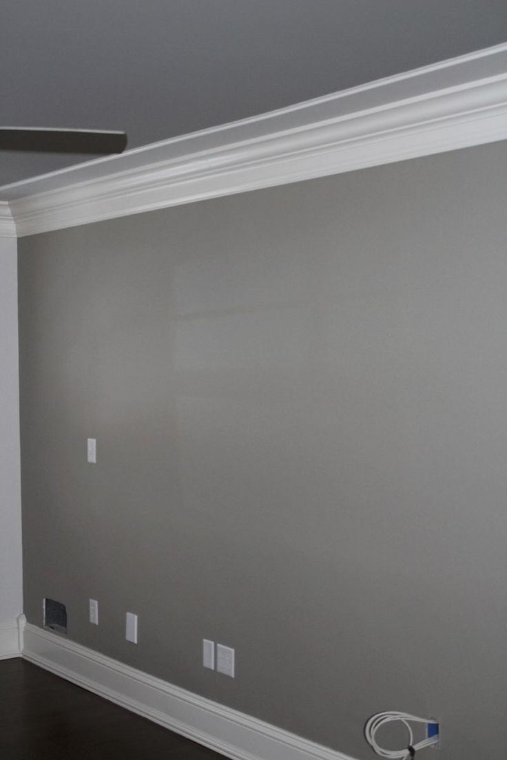 Wall color. Pewter Tankard by Sherwin Williams.