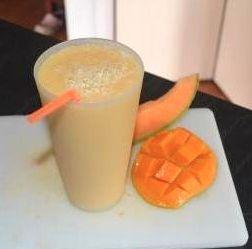 Mango rockmelon   smoothie
