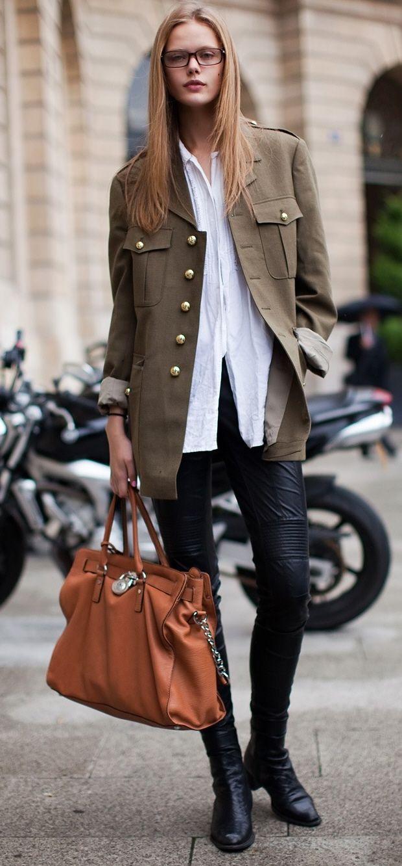 Frida Gustavsson #militaryjacket #leather