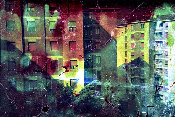 Milano, città interna-via Barzilai#147  Stampa diretta uv su alluminio grezzo tiratura copia 1 di 5  Disponibili nei formati: Cm 20x30 - Cm 26x40 - Cm 33x50 - Cm 46x70 - Cm 66x100 © Simone Durante in vendita da PhotoArt12 info: info@photoart12.com