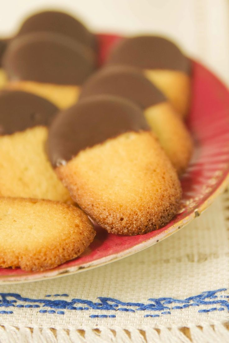 Muffin Galaxy: LENGUAS DE GATO DE NARANJA Y CHOCOLATE