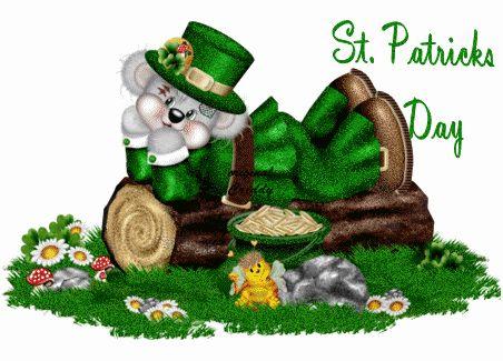 Well dressed tatty teddy enjoying St. Patrick's day.   ♣ ♣