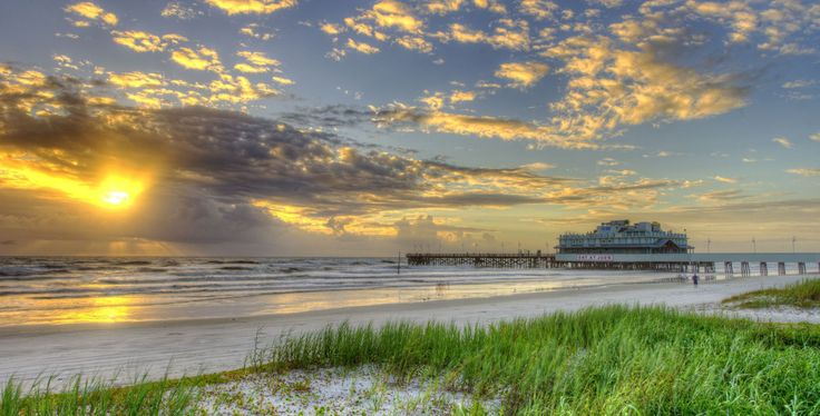 FLORIDA PREPARES FOR THE DEADLY MATTHEW HURRICANE  #beast_tropical_storm_thundering #city #country #daytonabeach #Florida_city #government #hurricane #hurricane_in_florida #world