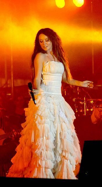 Sarah+Brightman+in+Mexico | Sarah Brightman en Chichen Itzá, Yucatán, México | Flickr - Photo ...