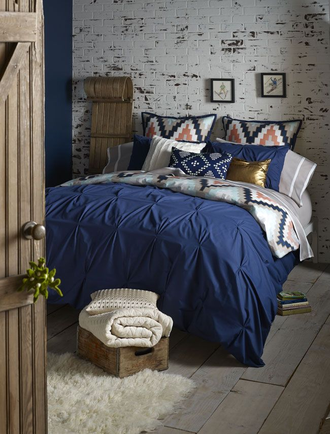50 Stunning Brick Wall Interior In Classic And Modern Style Blue Bedroom Decor Blue Bedroom Blue Bedroom Ideas For Couples