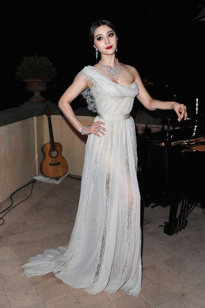 Fan Bingbing.. wearing Elie Saab Couture..... - Celebrity Fashion Trends