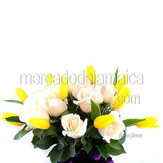 Floreria df online Rosas Blancas y Tulipanes Commander Love !  Envia Flores