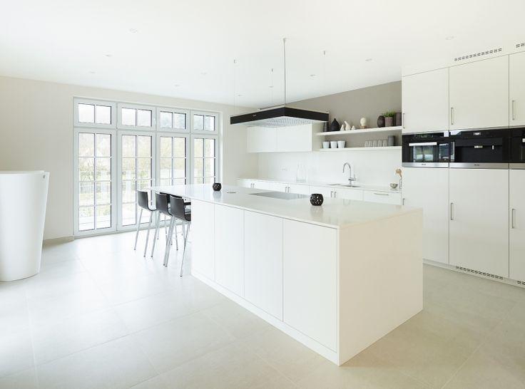 48 best cuisine keuken images on pinterest kitchens for Cuisine classique